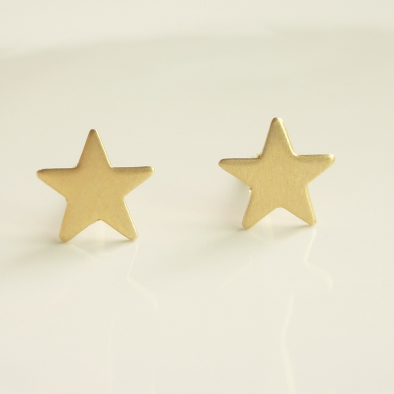 Pretty Tiny Gold Star Stud Earrings Star Earrings Bridesmaid Gift