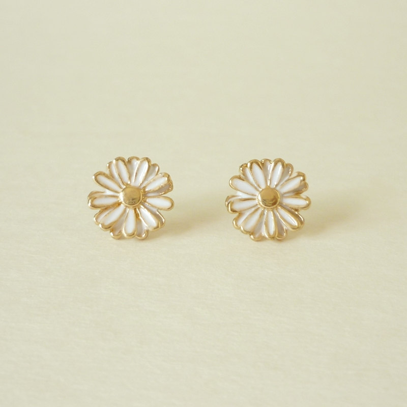 On Lovely White Daisy Stud Earrings Gift Under 10