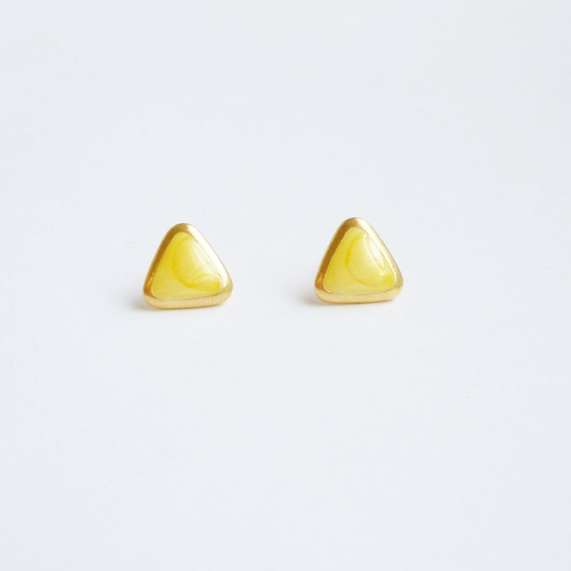 SALE - Pearl Yellow Triangle Stud Earrings - Gift under 10